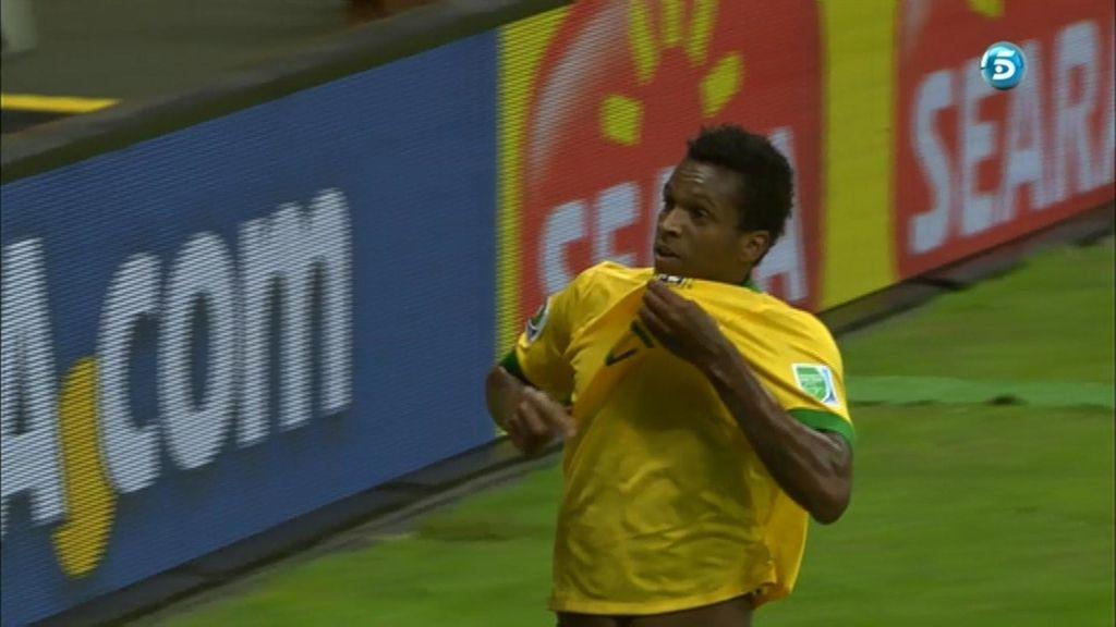 Gol de Jô (Brasil 3 - 0 Japón)