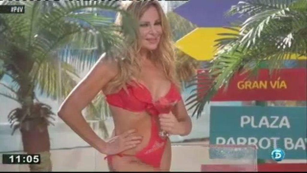 Ana Obregón posa en bikini en pleno Madrid