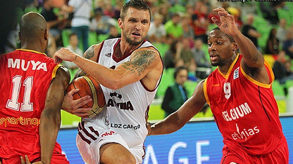 El emocionante último minuto del partido Letonia-Bélgica
