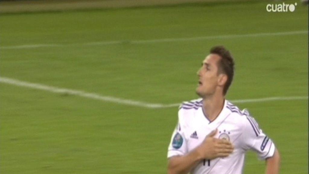 El gol de Klose liquida a Grecia
