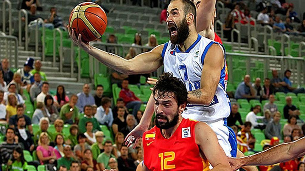España tira el partido en el último cuarto