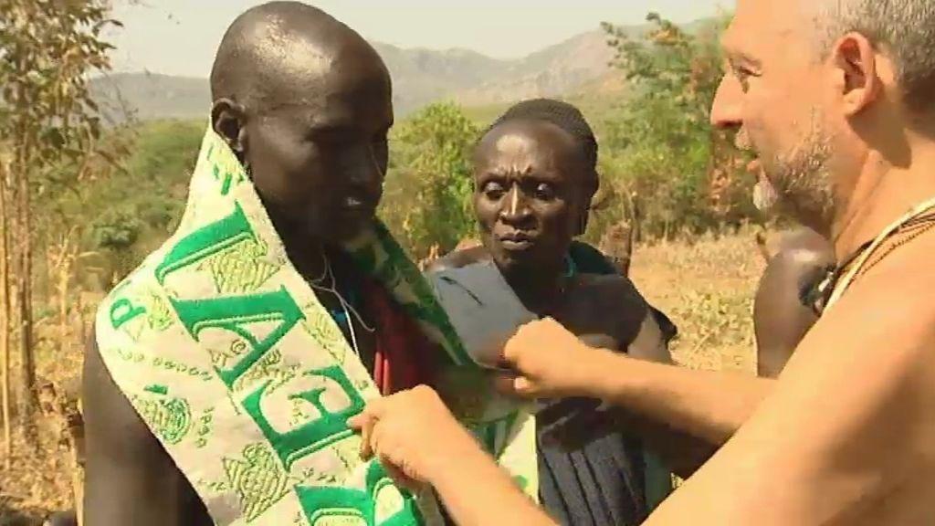 José funda una peña bética en Etiopía