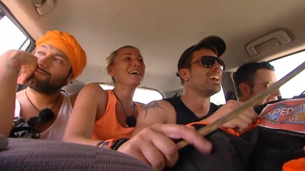 Dani y David recogen a Rafael y Yolanda