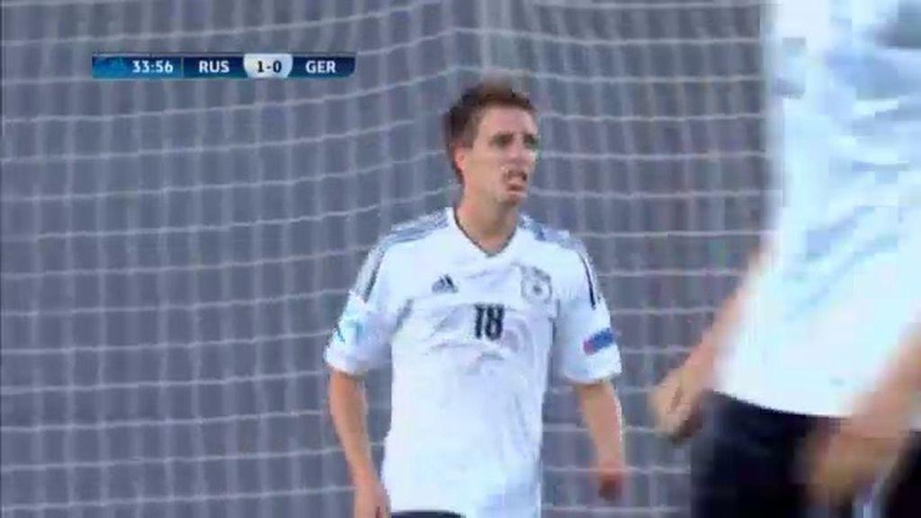 Gol: Rusia 1-1 Alemania (min.34)