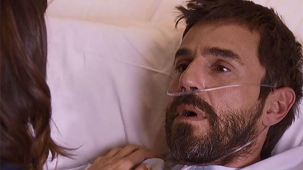 Pablo despierta en el hospital tras sufrir un ictus