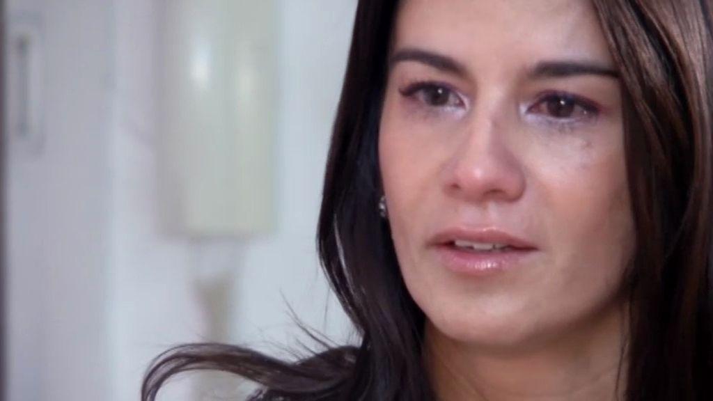 Lily llora al informar del cambio de normas