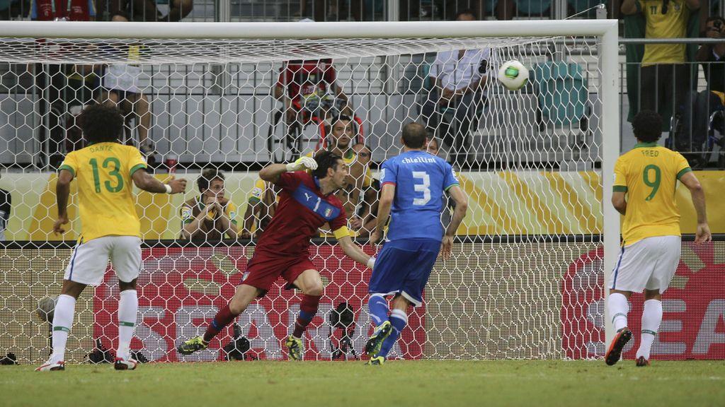 Gol: Italia 1-2 Brasil (min.55)