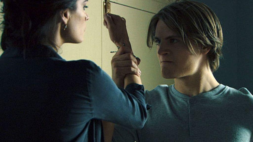 Damián salva a Valeria