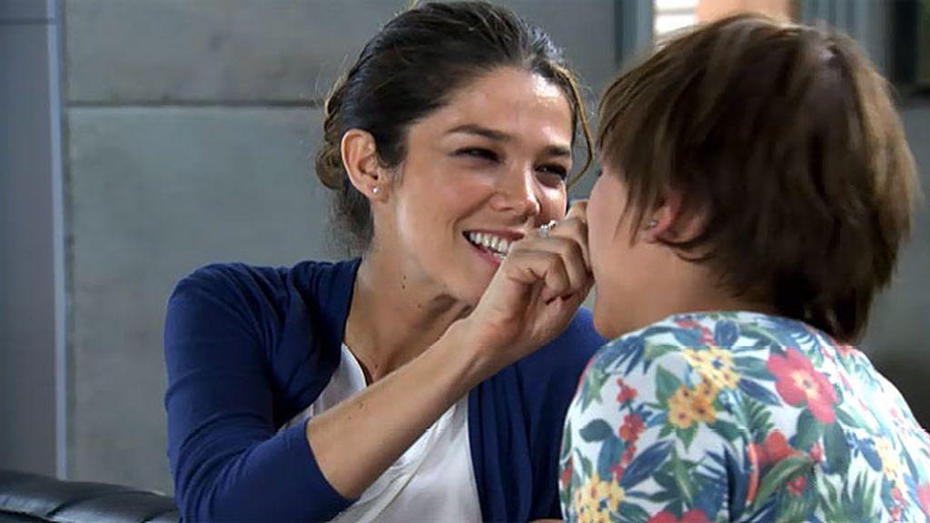 Malena contrata a Natalia como Personal Assistant