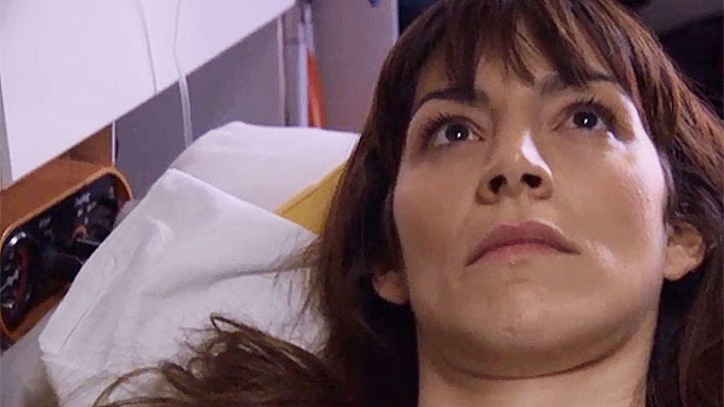 Ana despierta del coma
