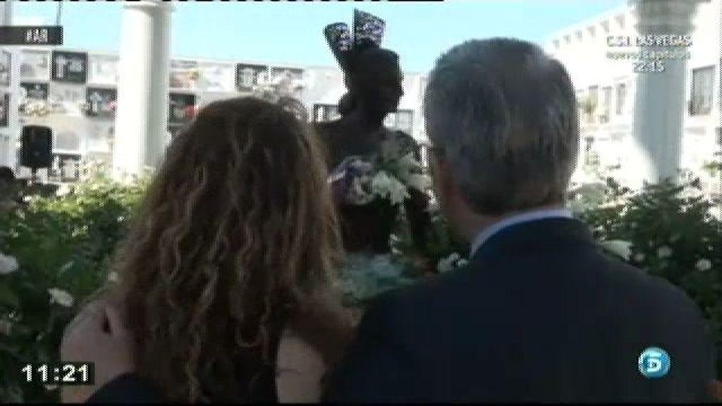 Ortega Cano, acompañado por su hija en el Día de Rocío Jurado