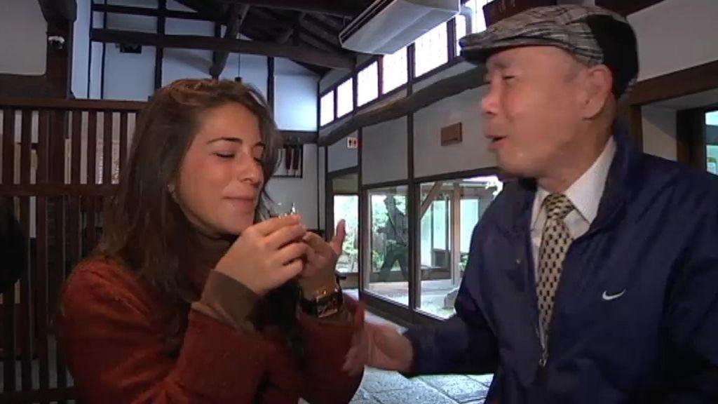 El sake es la bebida que marca la boda