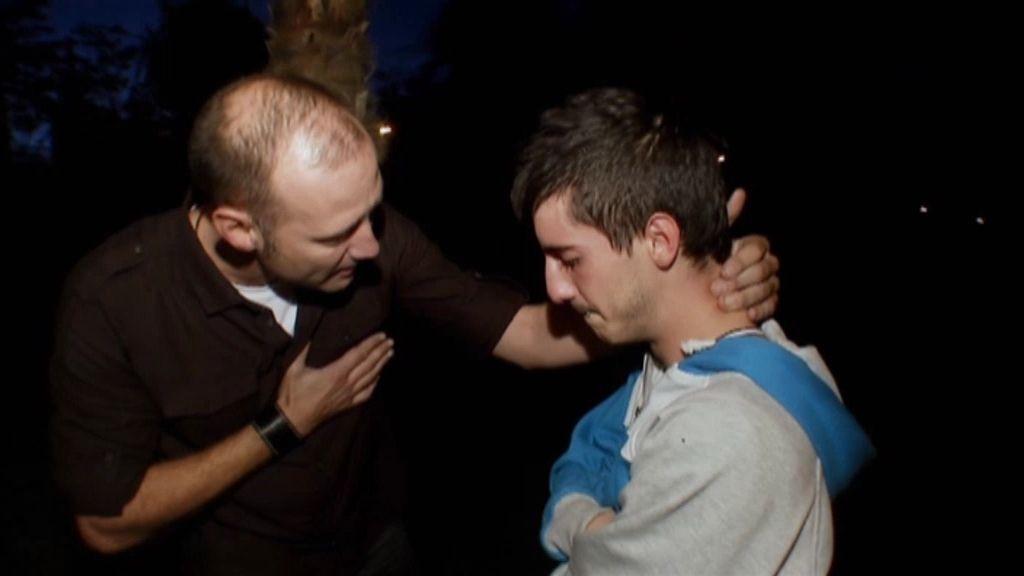 Jonathan se derrumba hablando con Pedro Gracía Aguado