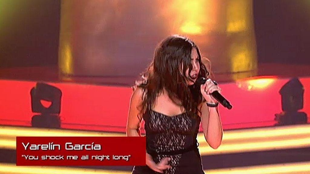 La actuación de Yarelín: 'You shook me all night long'