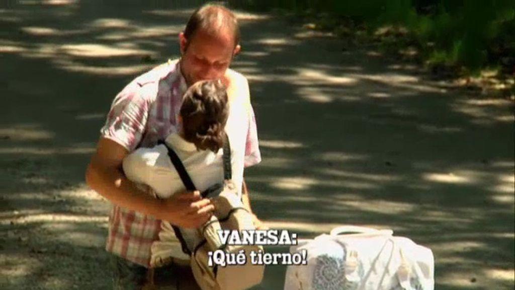 Melendi se despide enamorado de Vanesa