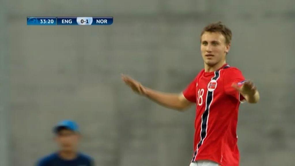 Gol: Inglaterra 0-2 Noruega (min.34)