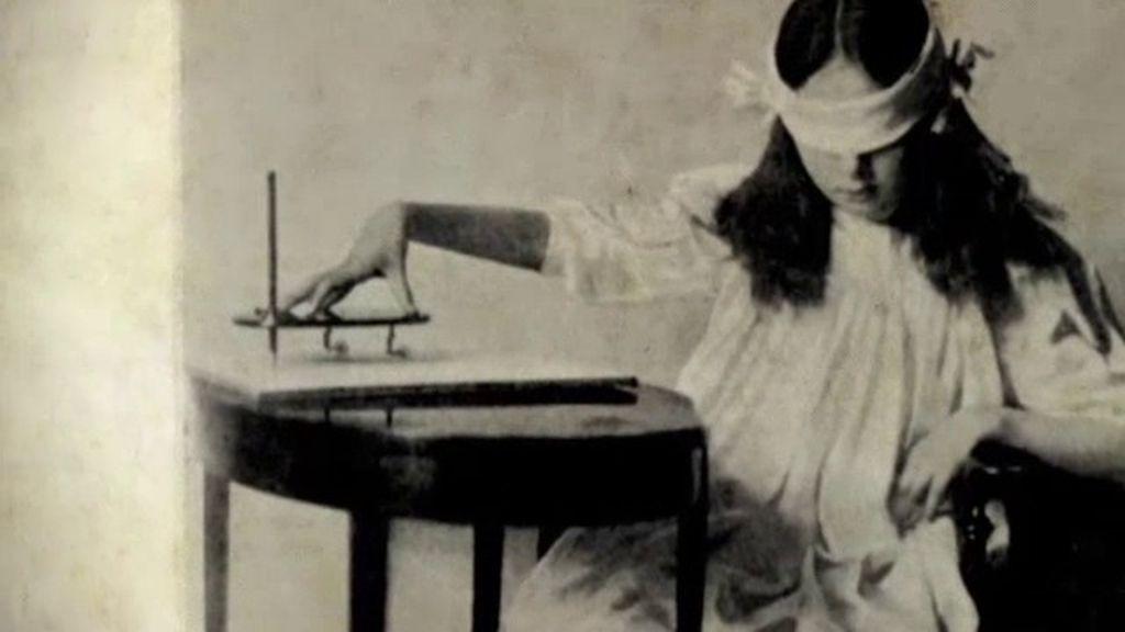 La Ouija, un \'juego\' ancestral