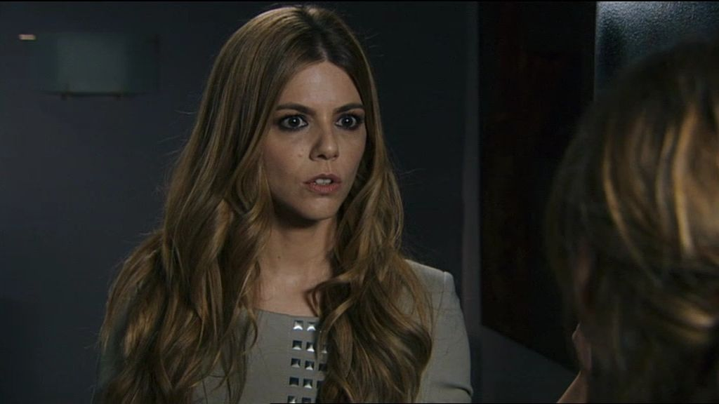 Valeria debe proteger a Sandra