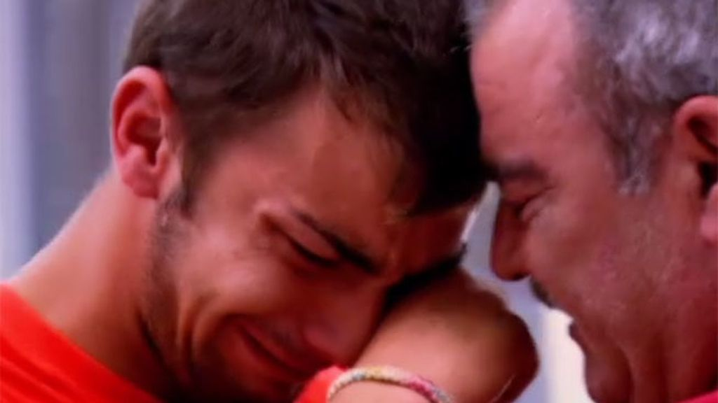 Alberto confiesa a su padre que es gay
