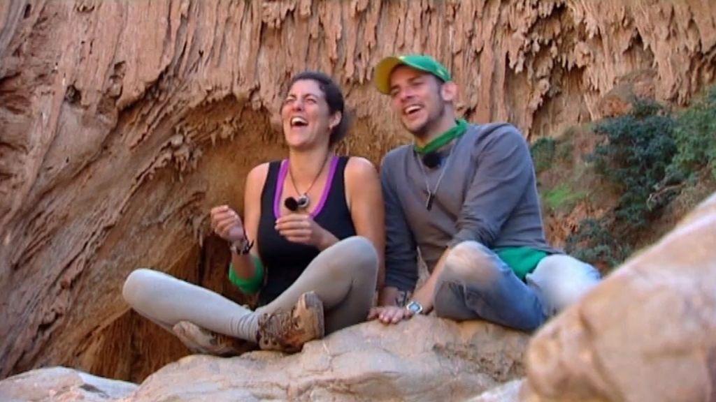"""Álex: """"el expedicionario perfecto tendría los brazos de Felipe y los pechos de Noelia"""""""