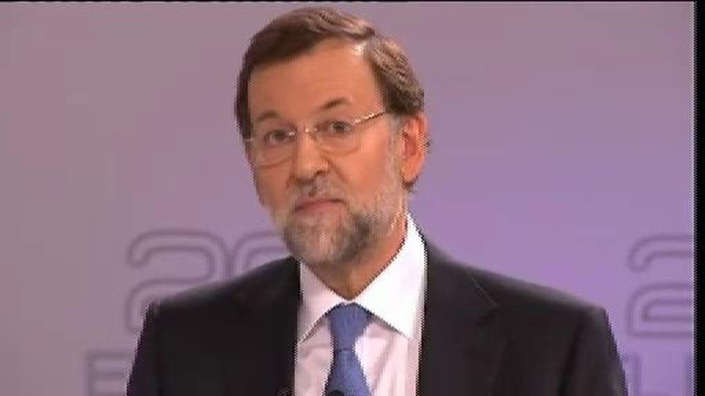 Rajoy confunde a Rubalcaba con Zapatero