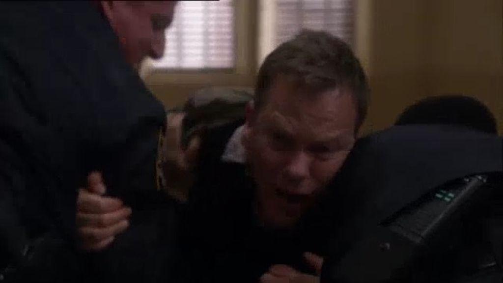 A Martin le quitan la custodia de Jake