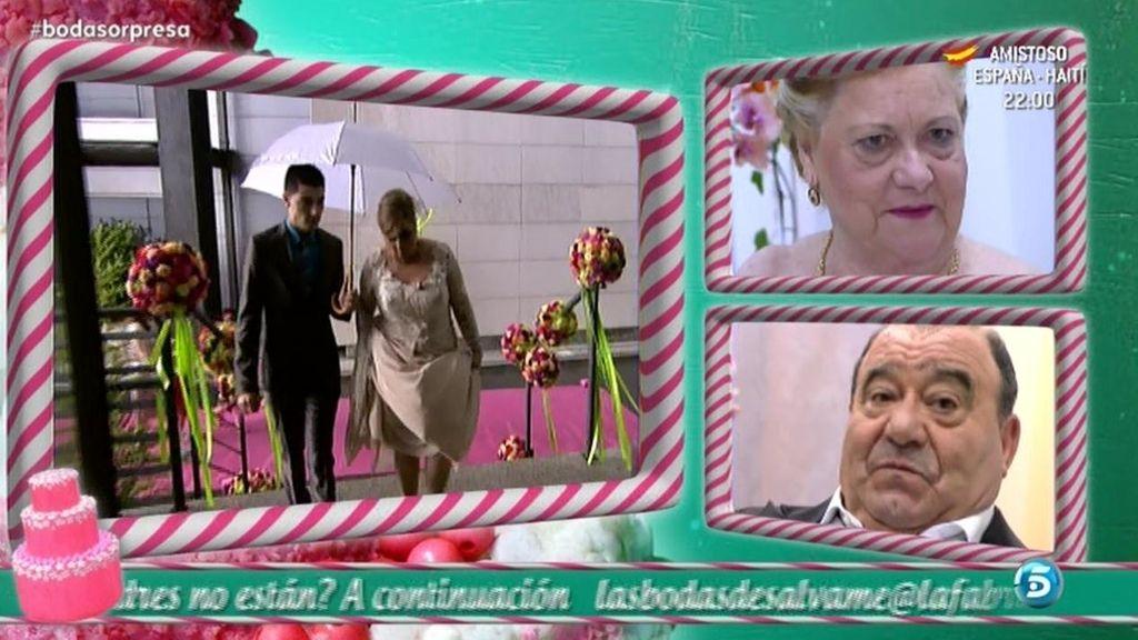 La llegada de Mª Carmen al altar