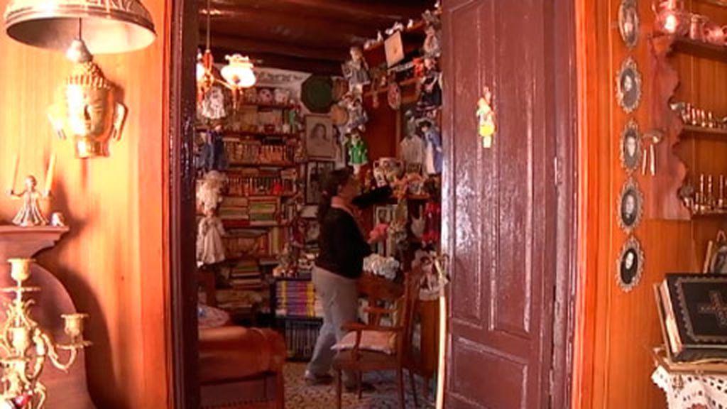 Pepa es la empleada de la casa de las mil colecciones