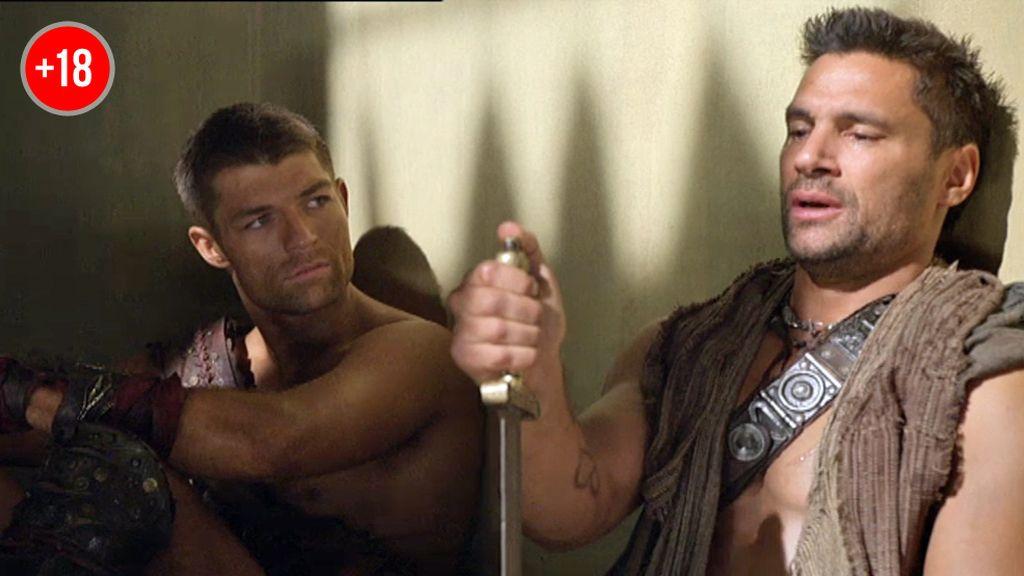 """Spartacus, a Crixus: """"Una mano vacía se convierte en un puño"""""""