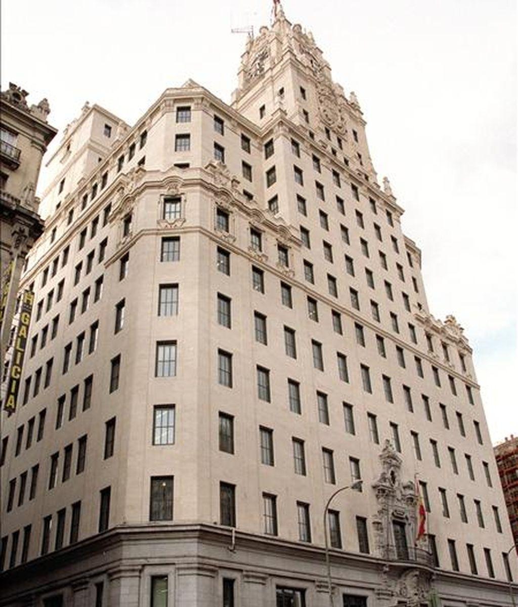 Fachada de la sede de Teléfonica en Madrid en la calle Gran Via. EFE/Archivo