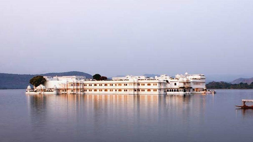 El Hotel Taj Lake Palace, lujo en 'Octopussy'