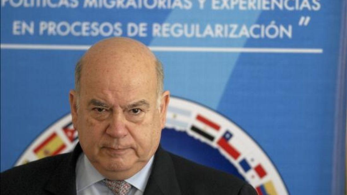 """El secretario general de la Organización de Estados Americanos (OEA), José Miguel Insulza, participa hoy en la conferencia """"Políticas migratorias y experiencias en proceso de regularización"""", realizada en Santo Domingo (República Dominicana). EFE"""