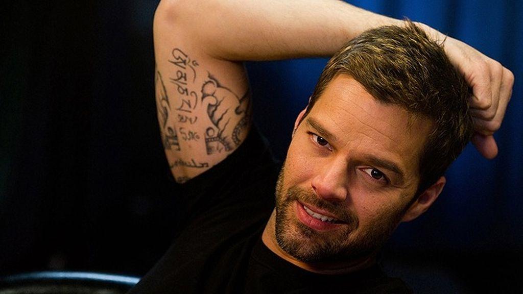 Ricky Martin se baja los pantalones por un fin solidario