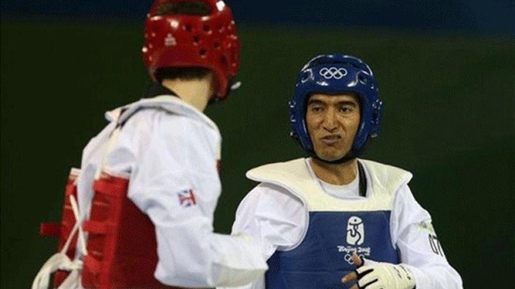 Pérez va a cuartos de final y peleará con el afgano Nikpai