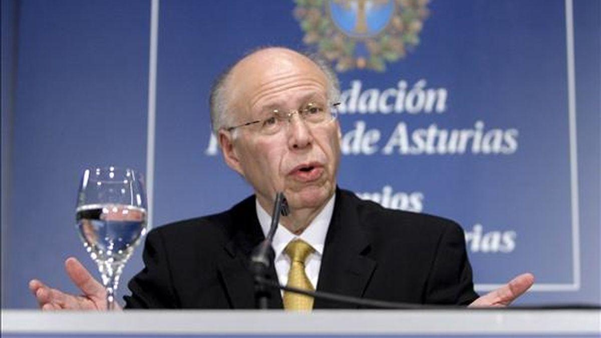 El rector de la Universidad Nacional Autónoma de México, José Narro, ayer en Oviedo (España) durante una rueda de prensa. EFE
