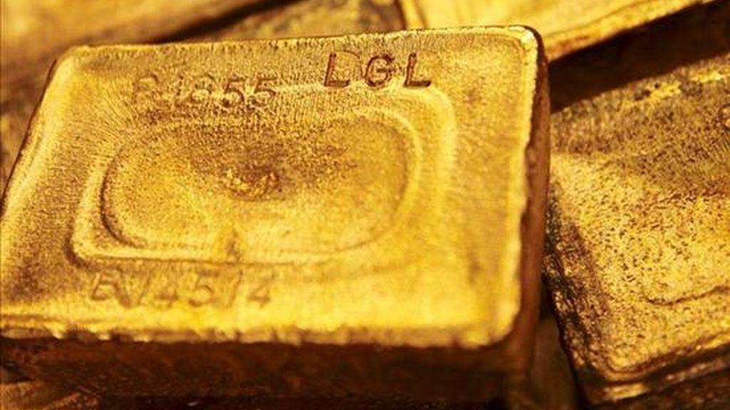 El último récord del oro se produjo el pasado 9 de noviembre cuando los contratos terminaron la sesión a 1.410,1 dólares la onza. EFE/Archivo