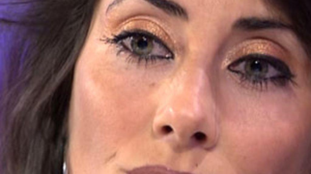 En sus ojos se veía reflejado el dolor por los insultos sin censura de Indhira.