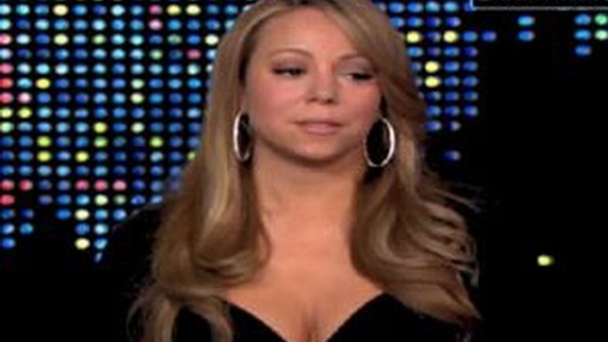 Mariah Carey durante su entrevista con Larry King. Foto: CNN