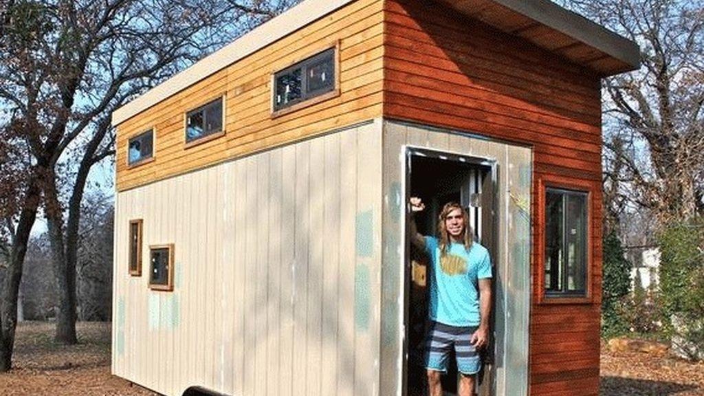 Un estudiante se construye su propia casa para no endudarse mientras termina la carrera