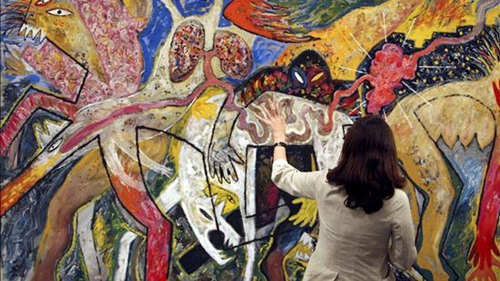 """""""Mapa de carne"""" (1982) del artista español Miquel Barceló en una exposición de la colección de arte contemporáneo La Caixa, en Barcelona. EFE/Archivo"""
