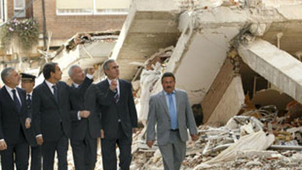 El presidente Zapatero tras recorrer las zonas más afectadas por el terremoto de Lorca. Vídeo: ATLAS.