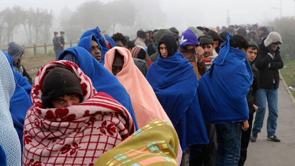 Niños refugiados, sin protección y obligados a hacer trabajos forzados en Francia