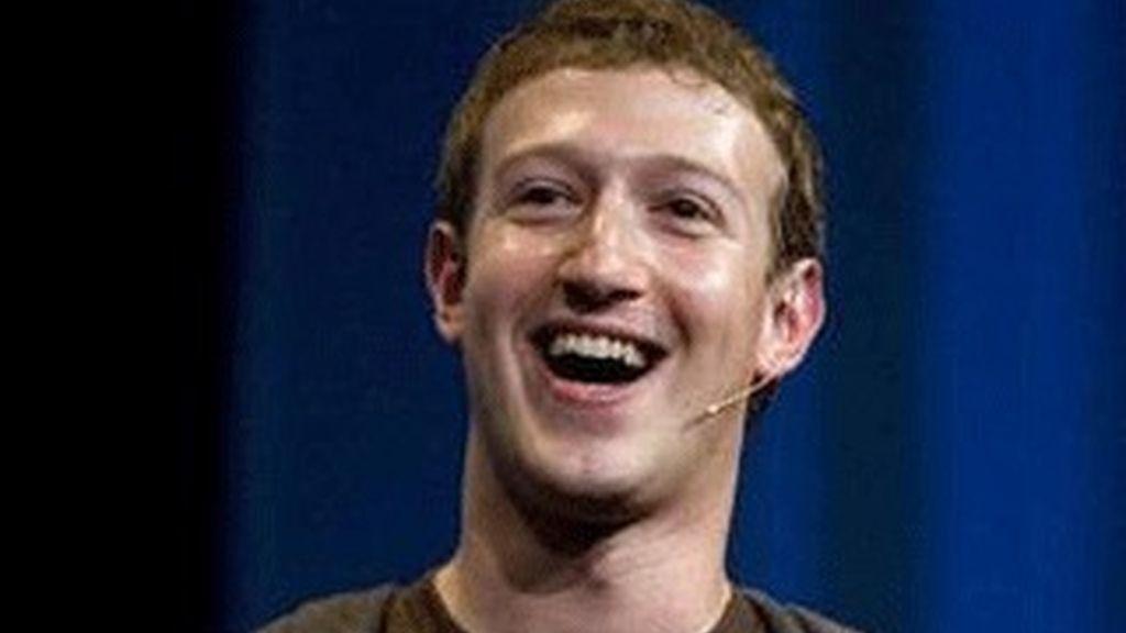 El fundador de Facebook resta importancia a la privacidad. Foto: EFE.
