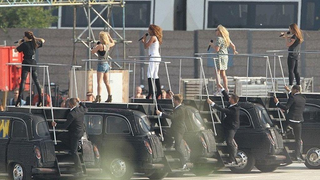 Las 'Spice Girls' ensayan para los JJOO de Londres 2012