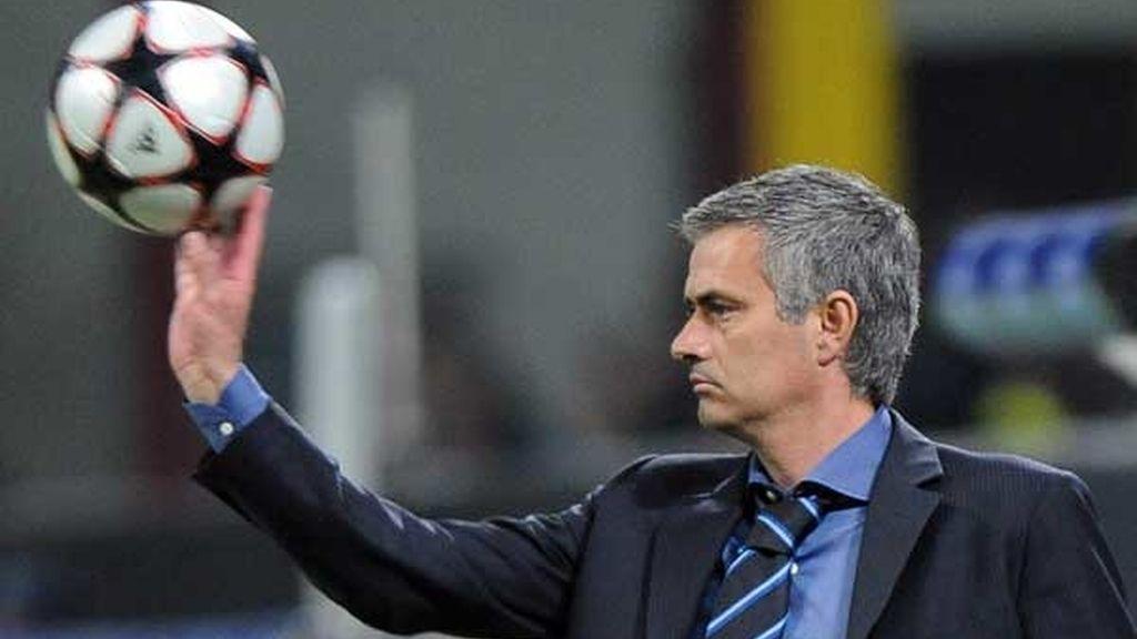 Mourinho le gana la partida a Guardiola