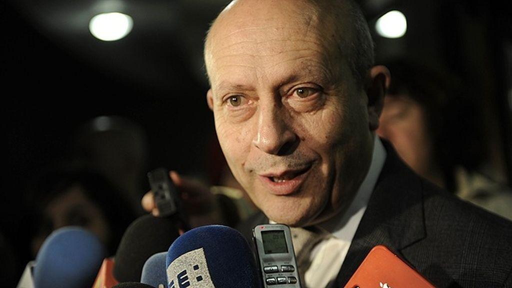 José Igancio Wert ha querido apoyar a la familia Guillén Cuervo