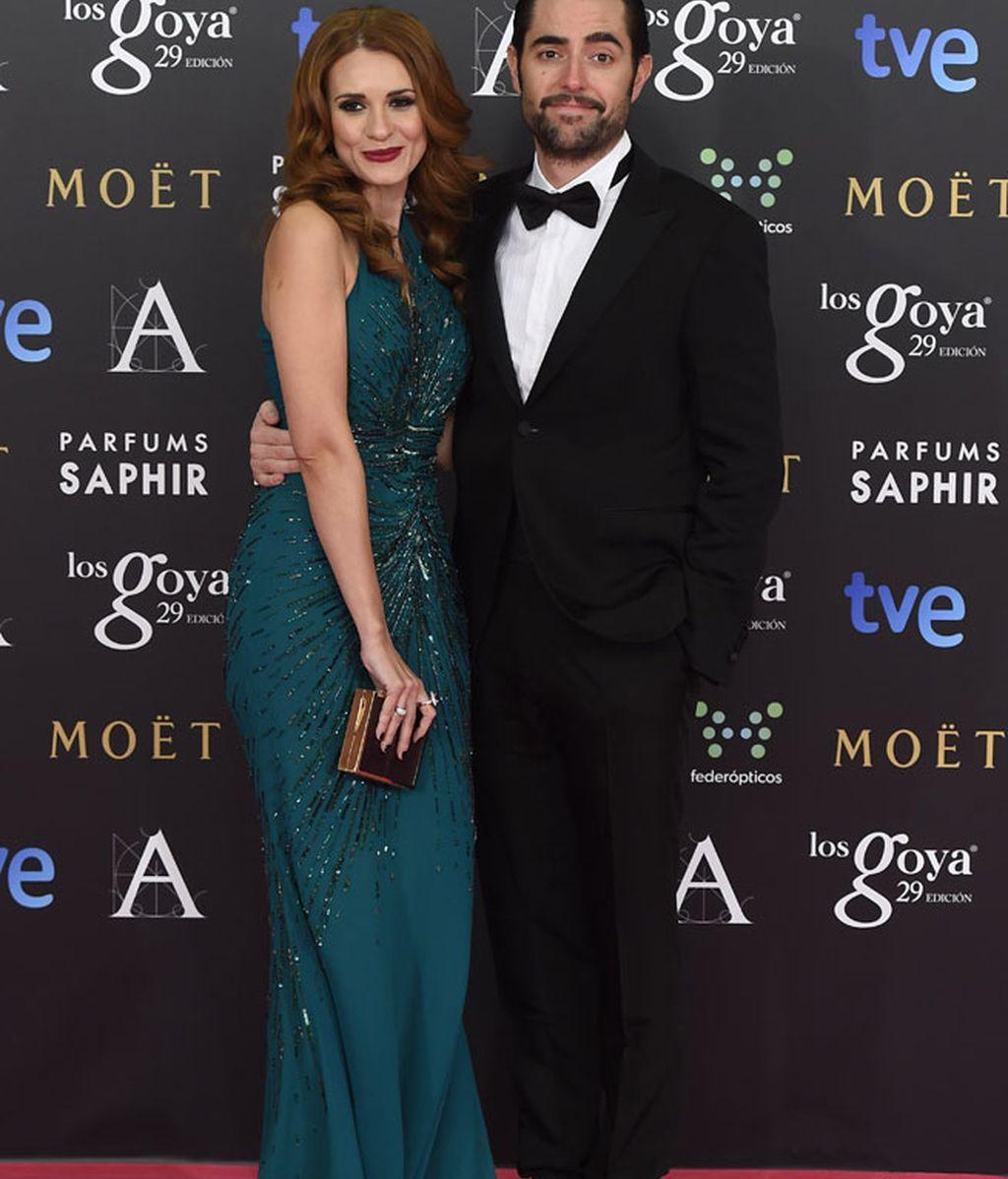 Dani Mateo y Elena Ballesteros en la alfombra de Los Goya