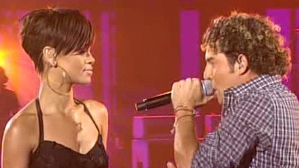 Bisbal y Rihanna actúan en la Gala 13