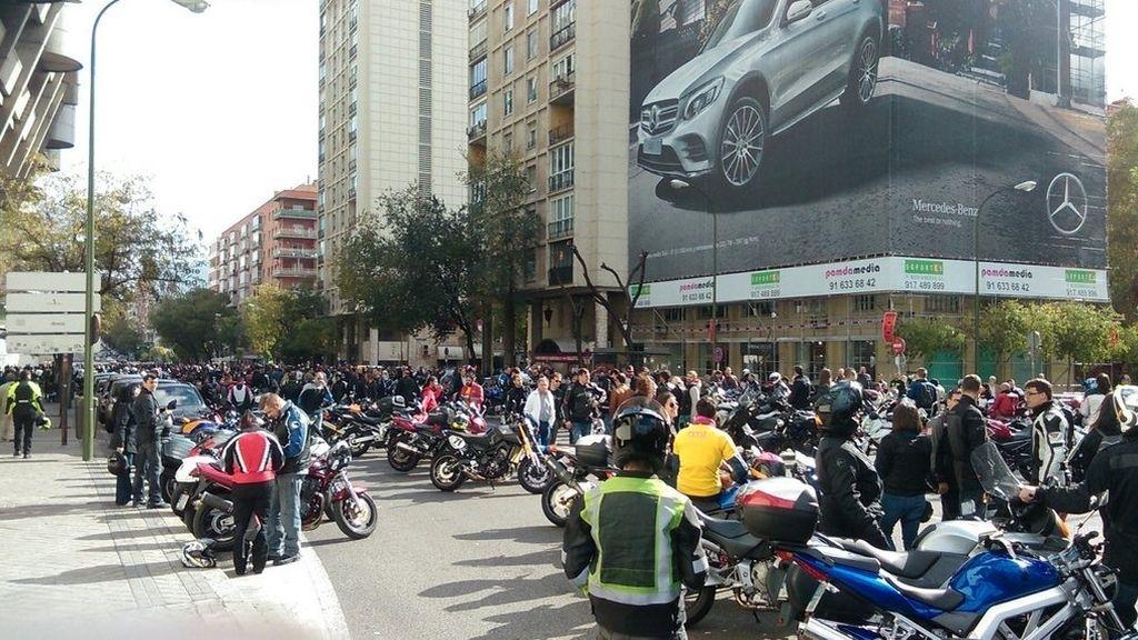 Casi 7.000 motos se concentran en Madrid en contra de los guardarraíles