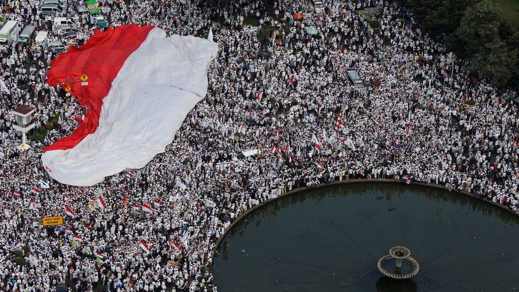 Los musulmanes de Jakarta, en contra del gobernador